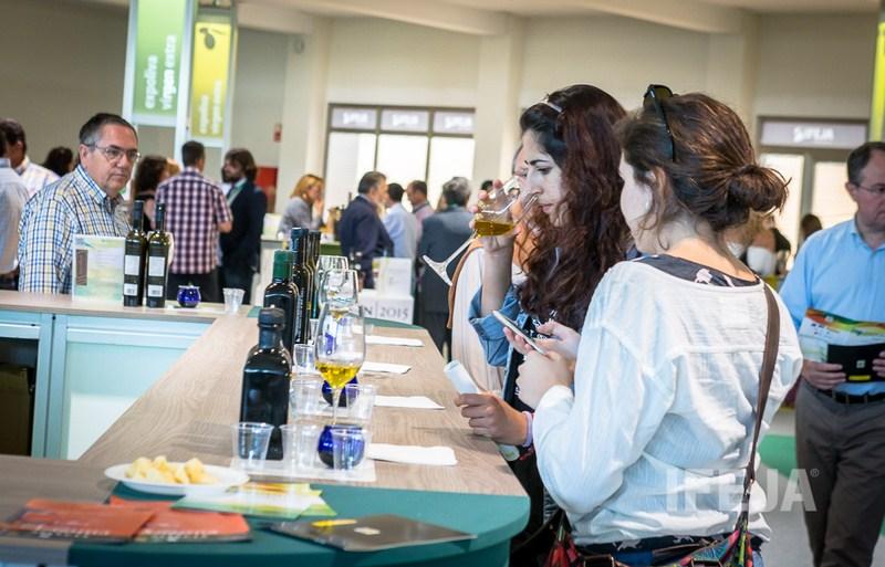 El 20 de enero acaba el plazo para la presentación de muestras a los Premios a la calidad del Aceite