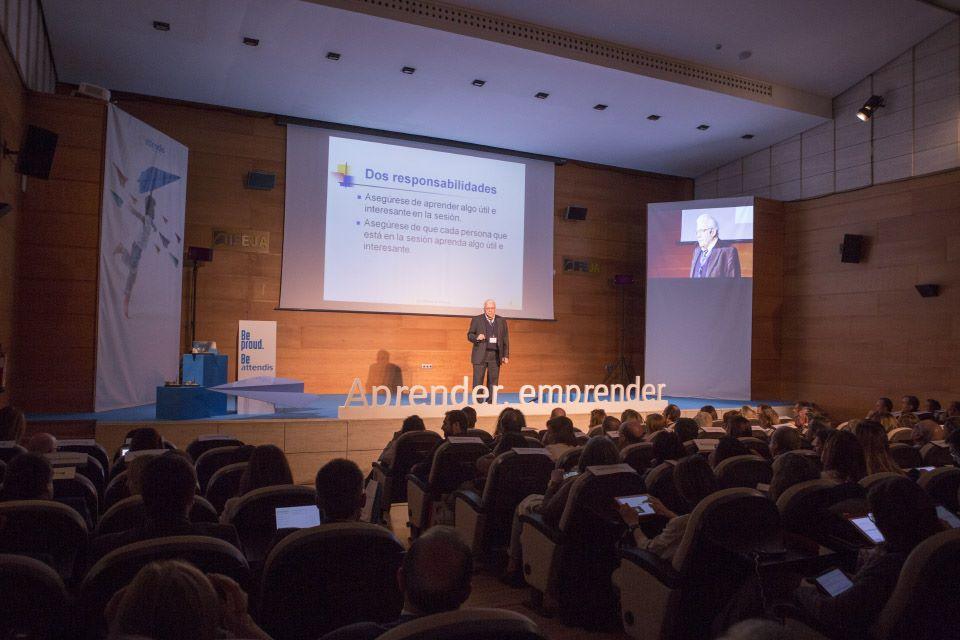 El Palacio de Congresos de Jaén, epicentro educativo nacional, durante las XIII Jornadas de Innovaci