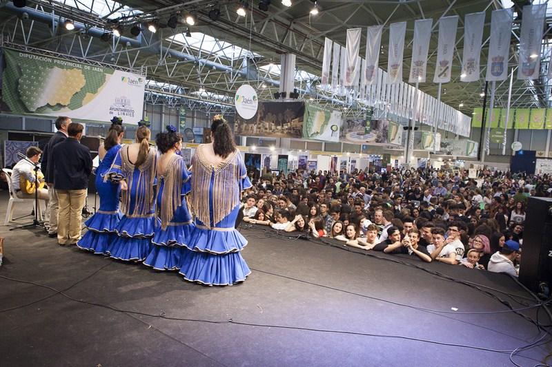 Éxito rotundo de la IV Feria de los Pueblos de la provincia con la participación de más de 19.000 vi