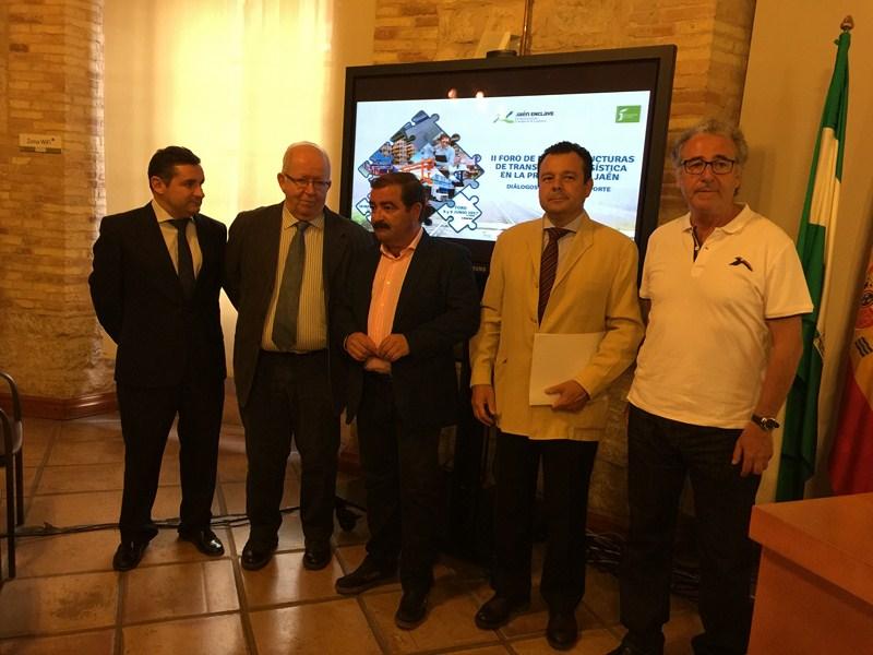 La potenciación de una red ferroviaria para Andalucía ha centrado el primero de los Diálogos para el