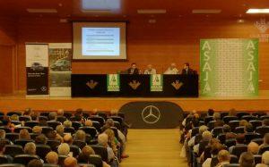 Los agricultores jienenses conocen en IFEJA las trabas para heredar que supone la normativa andaluza