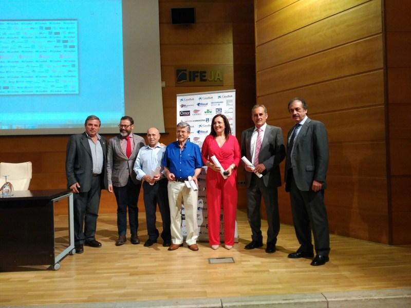 La Secretaria General de Vivienda, Catalina Madueño, recibe el Palustre de Oro en un acto celebrado