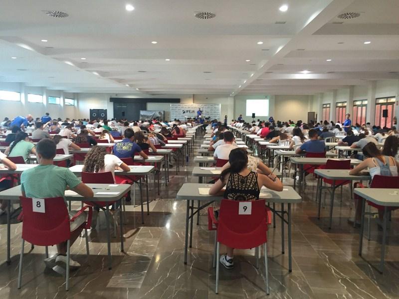 2.364 alumnos de todas las edades han evaluado en IFEJA sus conocimientos de inglés en lo que llevam
