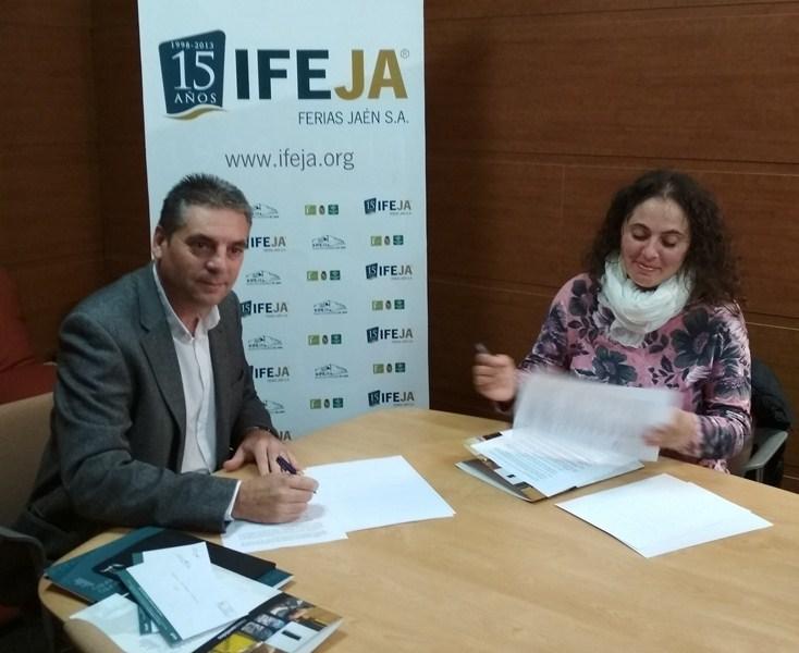 IFEJA y FamiliAcoge han firmado un convenio de colaboración que facilitará, el acceso de niños en ac