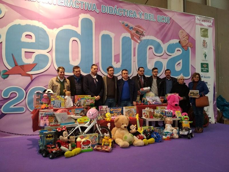 """Feduca, un año más, acoge el acto de entrega de 300 juguetes recaudados en la VII Campaña """"Un regalo"""