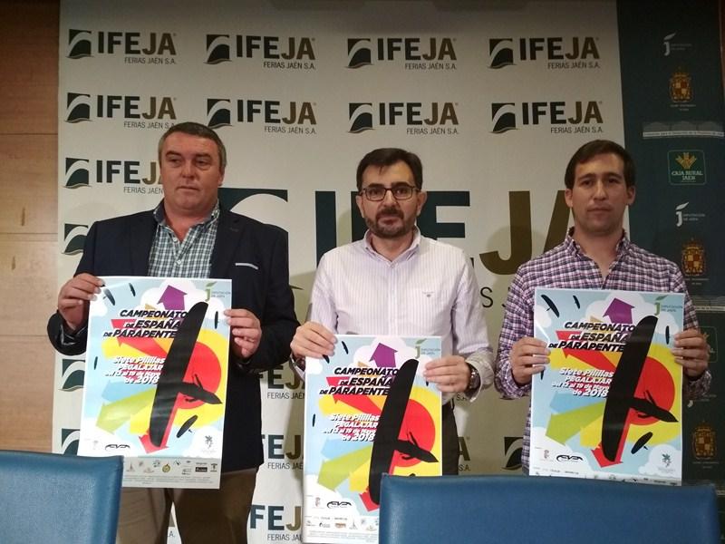 Se presenta en IFEJA el Campeonato de España de Parapente, que se desarrollará del 12 al 19 de mayo