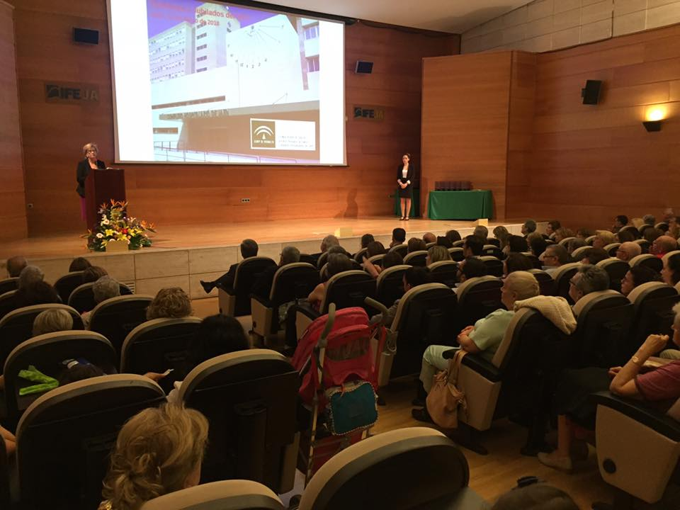 El Complejo Hospitalario de Jaén celebra en IFEJA el homenaje a las 118 personas de su plantilla que
