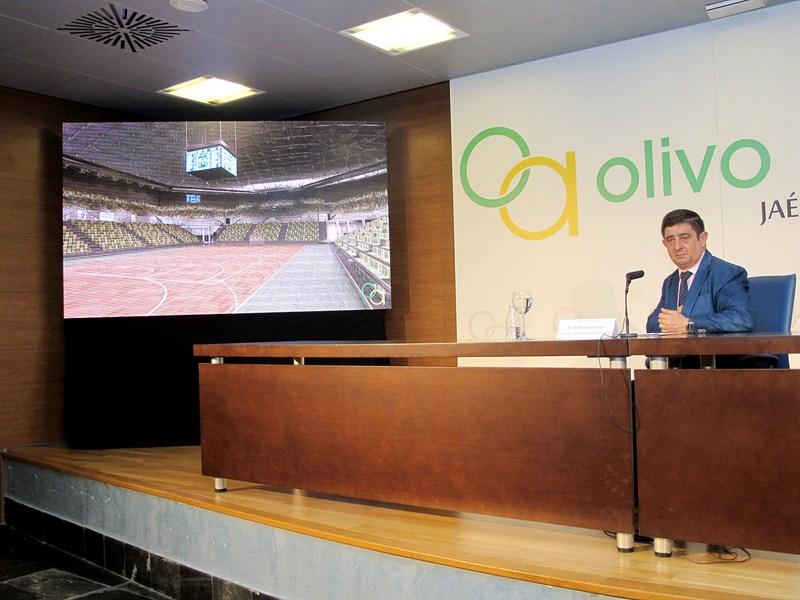 """Francisco Reyes presenta en IFEJA el futuro Palacio de Deportes """"Olivo Arena"""" a medios, clubes y fed"""