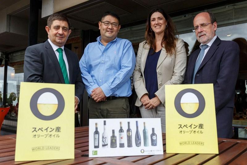 España muestra a Japón las bondades del aceite de oliva y la Dieta Mediterránea