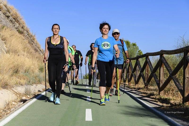 El C.D. Nordic Walking Jaén promocionará en Tierra Adentro la marcha nórdica, ven y participa en est