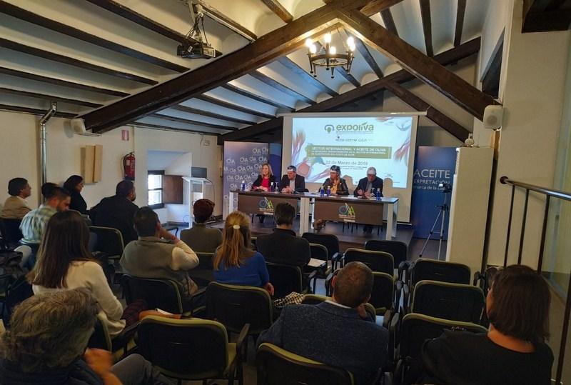 La transformación internacional que está experimentando la elaboración del aceite de oliva ha centra