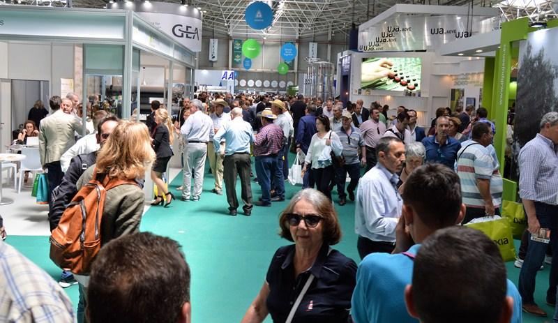 Empresas, visitantes y aceites de oliva de más de 70 países han participado en Expoliva 2019, convir
