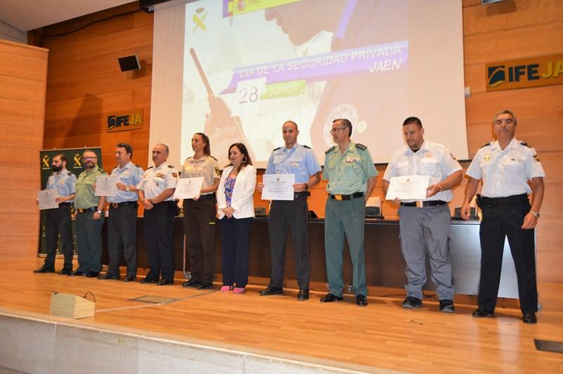 Acto de reconocimiento a los miembros de la seguridad privada en el Palacio de Congresos de Jaén