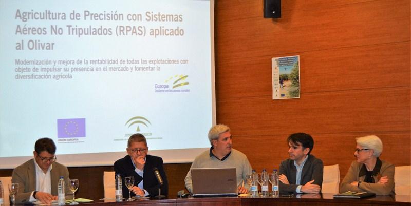 ASAJA-Jaén destaca la importancia de la aplicación de las nuevas tecnologías al olivar en un seminar