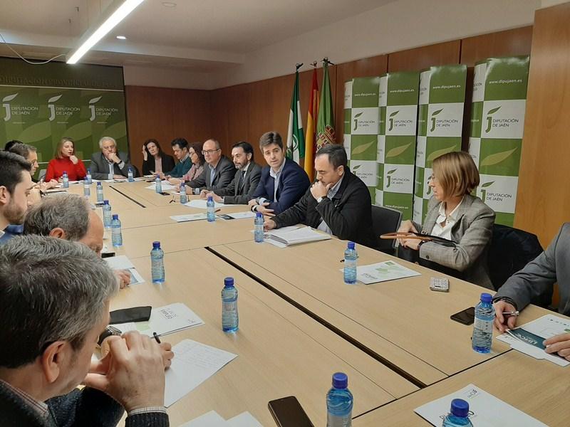 El diputado de Empleo y Empresa participa en la Mesa del Emprendimiento