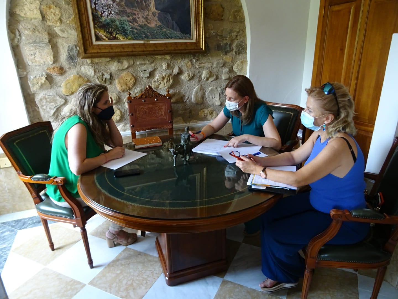 Turismo destaca el potencial paisajístico de Los Villares dentro del segmento de viajes de interior