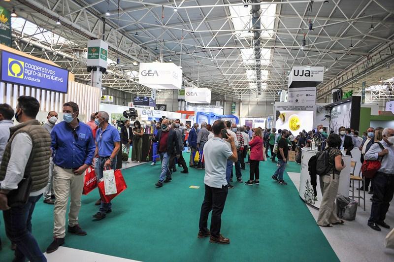 Empresas, visitantes y aceites de oliva de más de 70 países han participado en Expoliva 2021, reafir